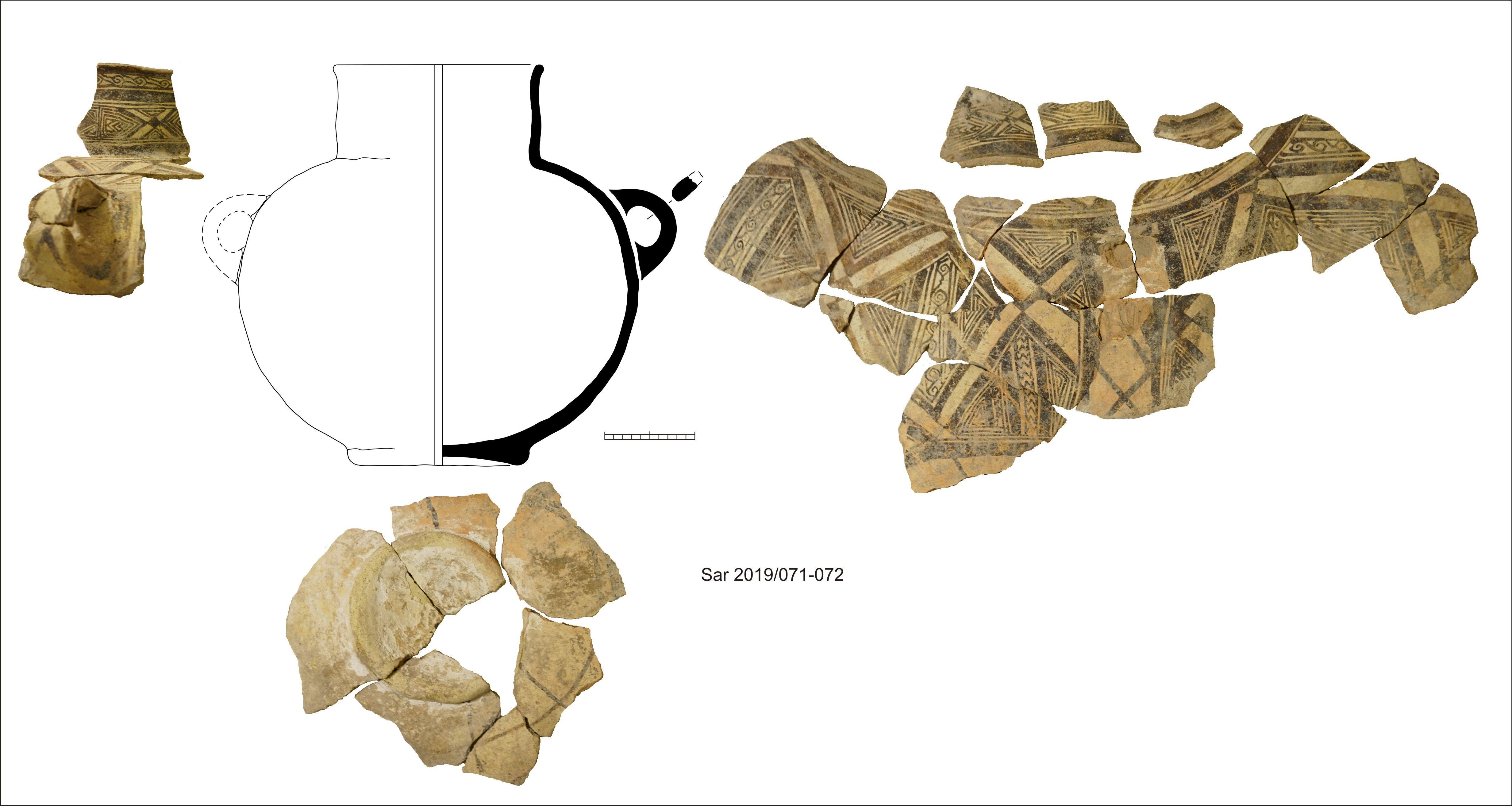 Фрагменты керамических сосудов из храма