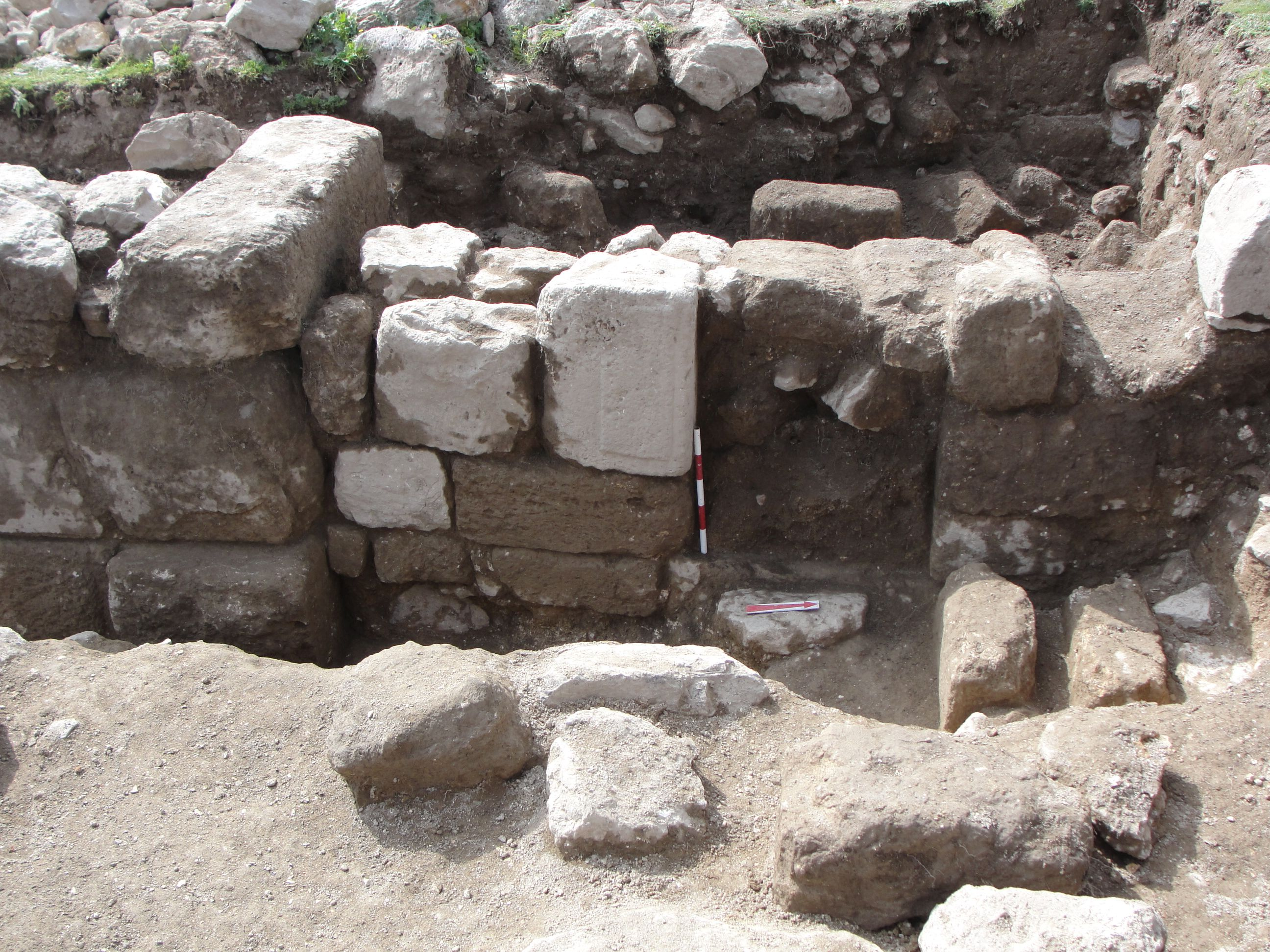 Раскопки храма