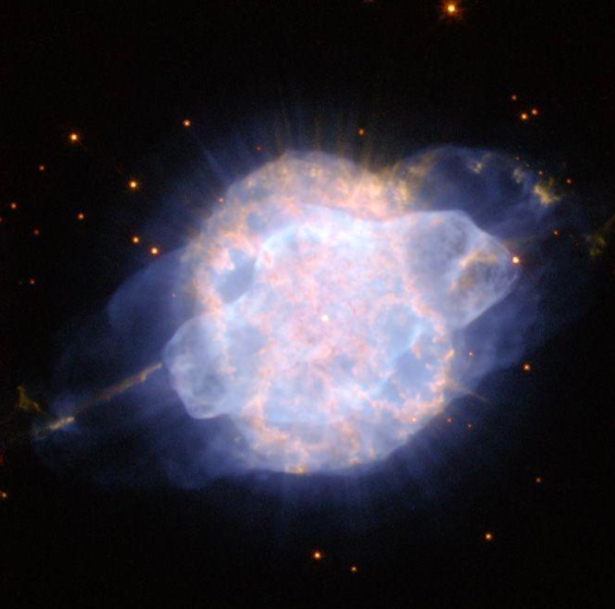 Photo: ESA/Hubble and NASA http://www.spacetelescope.org/images/potw1015a/