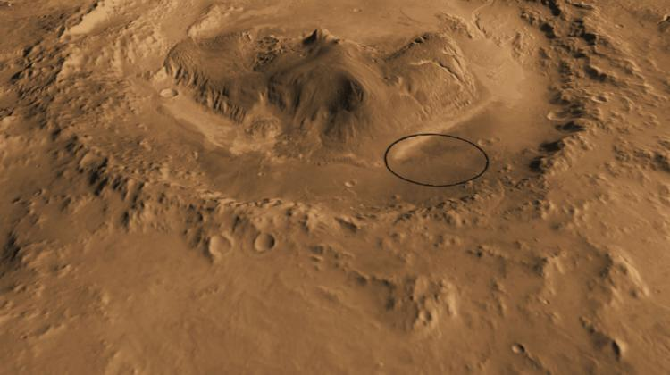 Gale Crater, where the Curiosity rover landed (this area is marked in black), in the vicinity of which methane traces in the atmosphere were detected in 2013. Photo: NASA/JPL-Caltech/ASU/UA