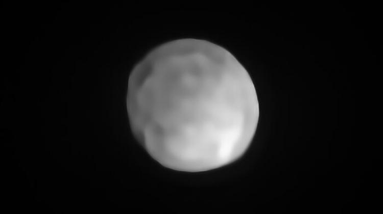 An image of Hygiea obtained from the Earth's surface using the SPHERE instrument on the VLT telescope. Credit: ESO/P. Vernazza et al./MISTRAL algorithm (ONERA/CNRS).