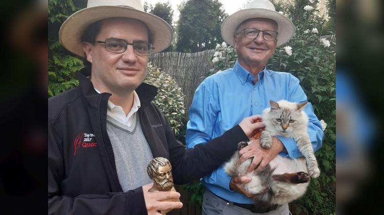 Alejandro Jenkins with Thales of Miletus bust statue and Robert Alicki with the cat Liv. Credit: Maria Alicka
